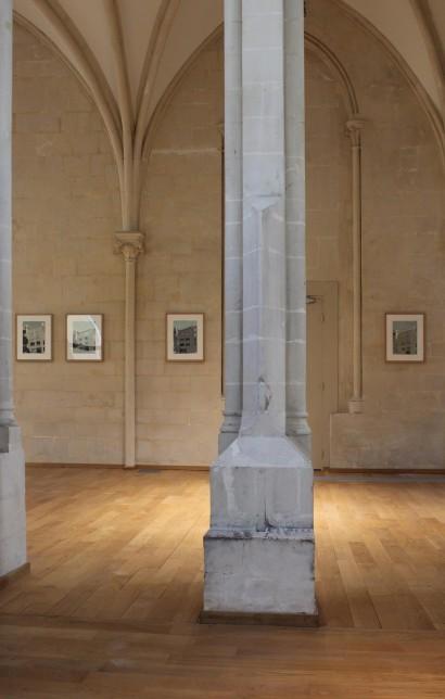 liron-serie-tentative-verticale-vue-expo-artotheque-caen.jpg